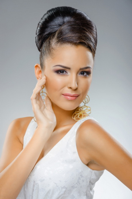 Chignon de mariage Haut Flou avec Franges Blog coiffures de