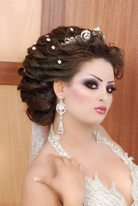 coiffure de mariage algerien. Black Bedroom Furniture Sets. Home Design Ideas