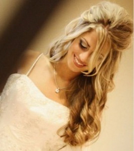Coiffure mariee cheveux longs detaches Coiffure mariage cheveux longs idees