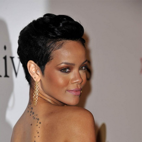 Coupe de cheveux court pour femme noire - Coupe afro courte peaux noires et metissees ...