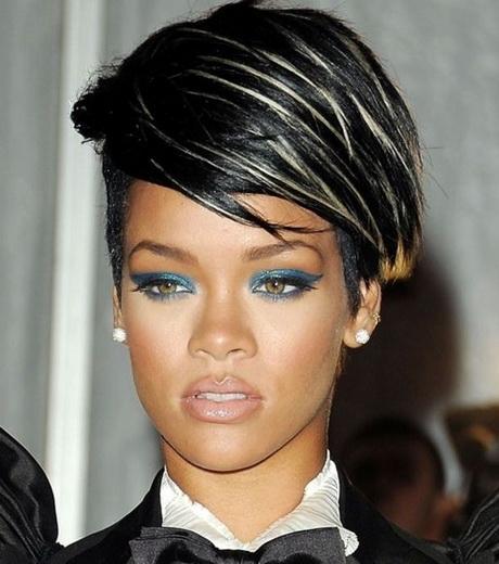 Rihanna cheveux court for Coupe cheveux rihanna