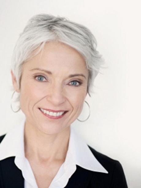 Coupe cheveux gris - Coupe courte cheveux blancs ...