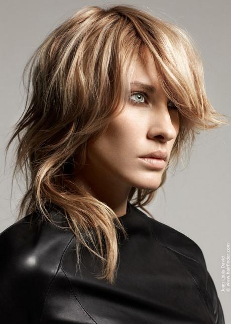Modele de coiffure mi long degrade - Coupe destructuree mi long ...