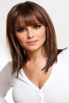Coupe cheveux mi long 2017 femme for Coupe cheveux mi longs femme 2017