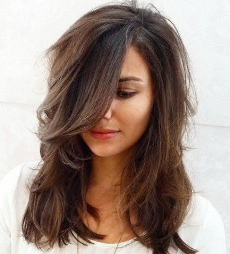 Coupe de cheveux mi long femme 2017 - Coiffure femme mi long 2017 ...