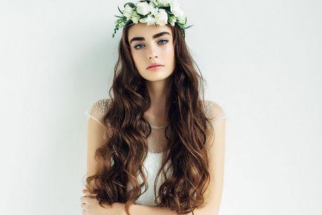 Modele coiffure mariage 2019
