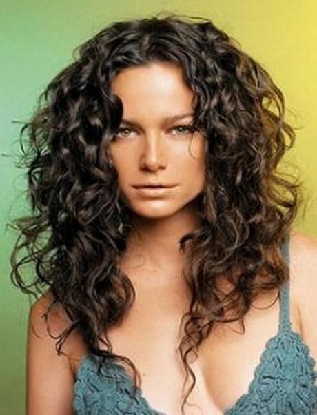 Cheveux boucl s mi long - Cheveux frises mi long ...