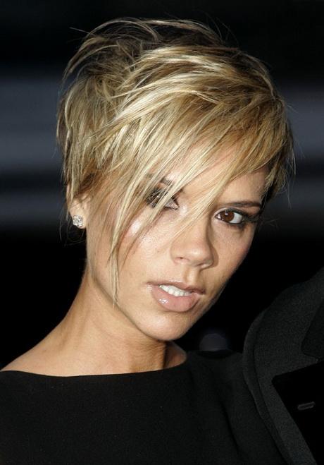 Coupe de cheveux courte blonde - Coupe courte blonde femme ...