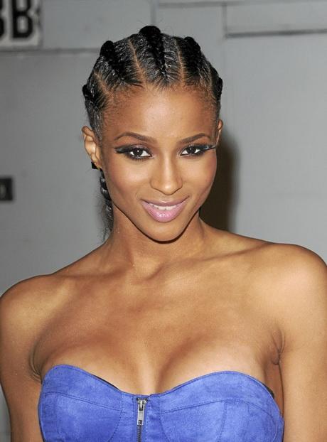 Coupe afro femmes  les coiffures afro pour les femmes. CORNROW  la tresse africaine \u2013 Adjocom. Réaliser une tresse africaine pour cheveux courts
