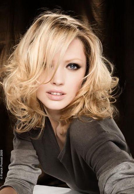 Cheveux mi long wavy - Coupe femme long ...