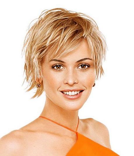Modele coiffure femme carre court