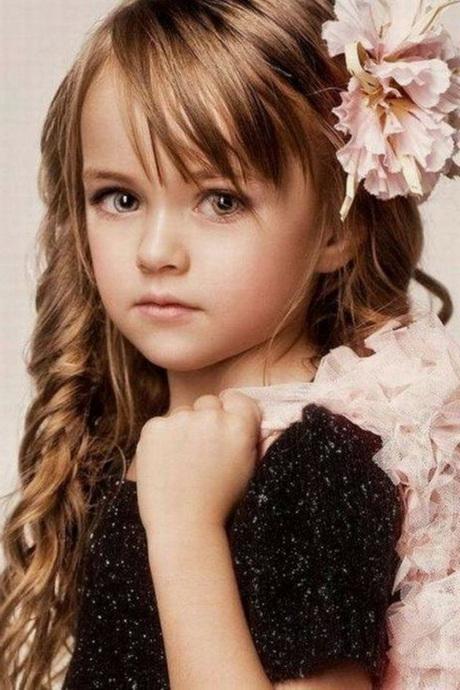 Modèle de coiffure pour petite fille \u2013 Diaporama Beauté \u2013 Doctissimo