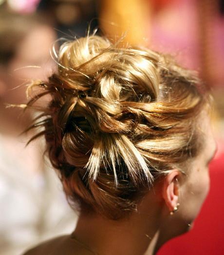 Mod le coiffure invit e mariage - Modele coiffure mariage ...