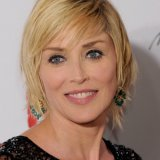 Sharon stone cheveux courts