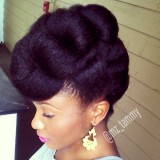 Coiffer cheveux afro