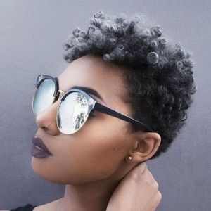 Cheveux court afro