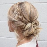 Coiffure femme temoin mariage