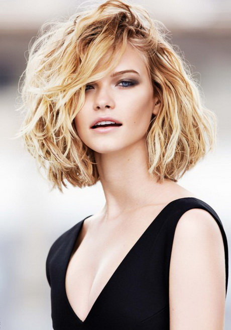 Carré long dégradé cheveux fins