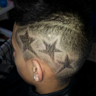 Coiffure tribal homme