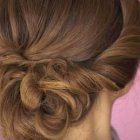 Chignon chic cheveux long