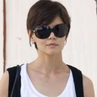 Katie holmes cheveux courts